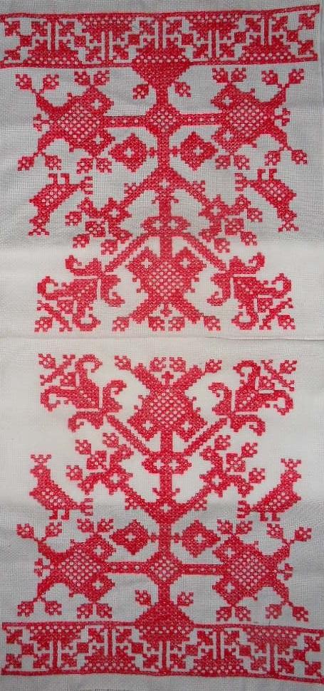 Это схема вышивки рушника.